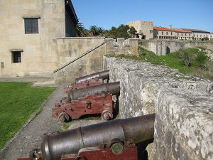canóns fortaleza